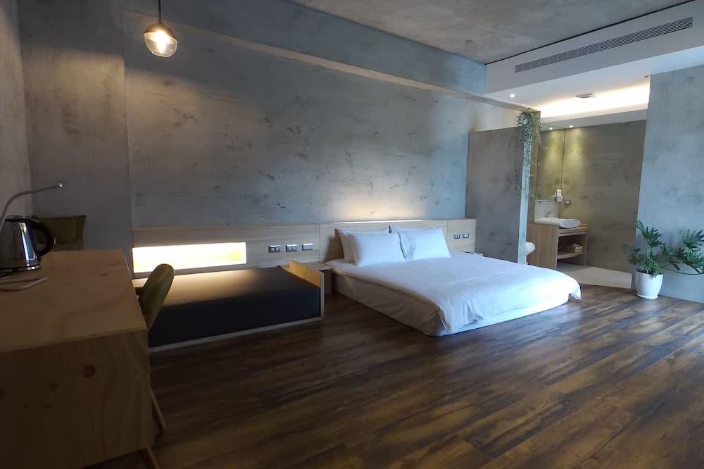 Ексклюзивний двомісний номер, 1 ліжко «кінг-сайз», з балконом - З видом на гори