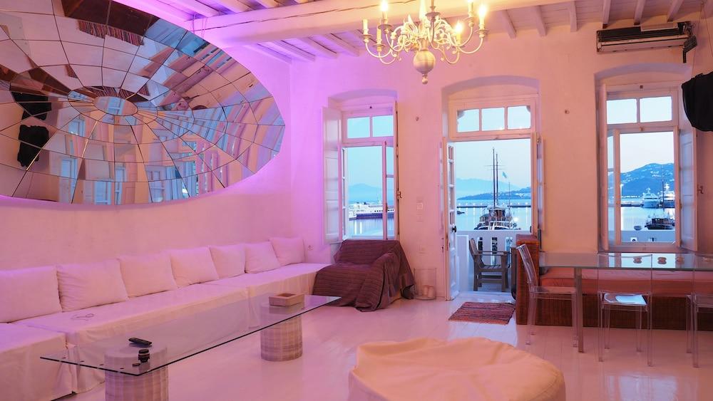 Book The Loft Mykonos Town in Mykonos | Hotels.com
