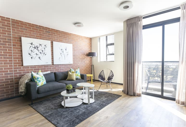 C.A.G The Vantage, Johannesburg, Luxury Apartment, 3 Bedrooms, Non Smoking, Living Room