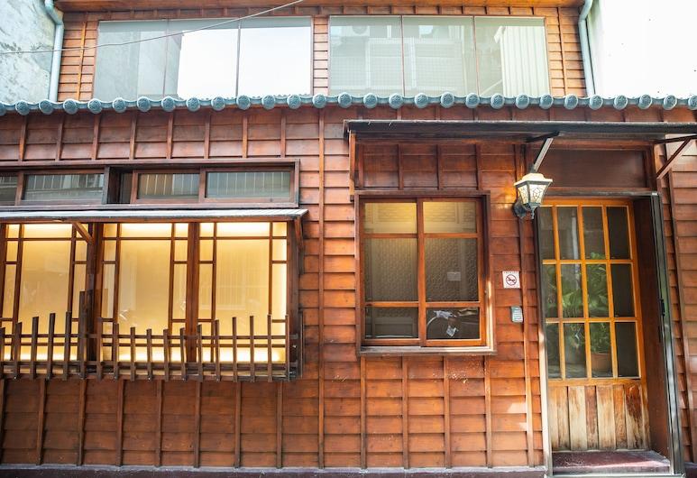 Suehirodori, Tainan, Hotelový areál