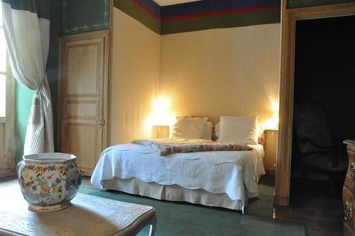 馬隆尼耶雷酒店/