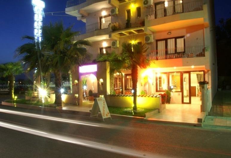 Tropicana, Katerini, Fachada do Hotel - Tarde/Noite