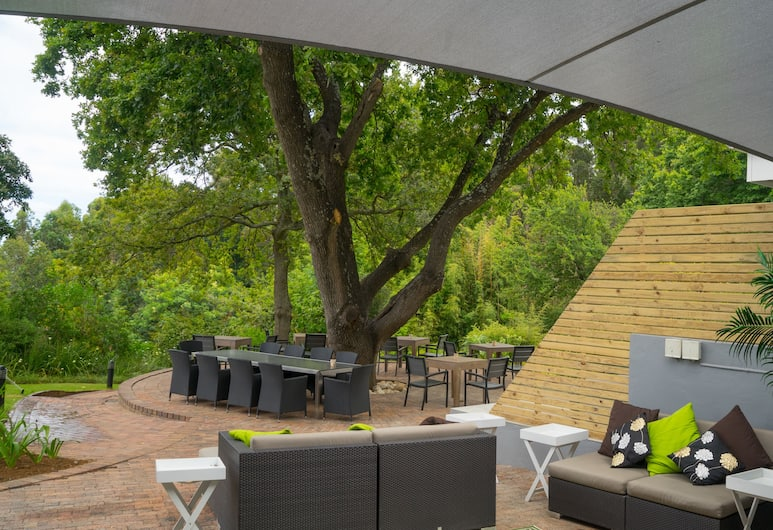 Silver Forest Boutique Lodge and Spa, Cape Town, Outdoor Dining