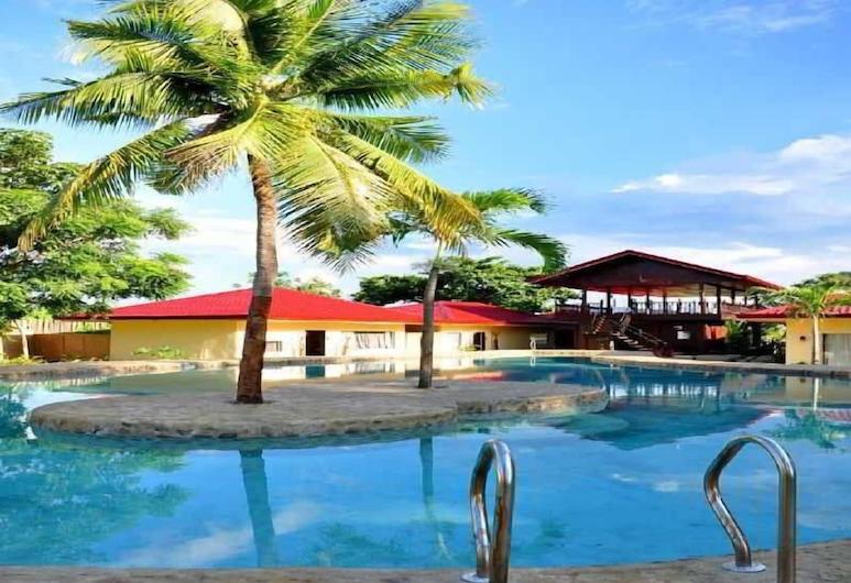 Agila Pool Villas Resort, Cordova, Πισίνα