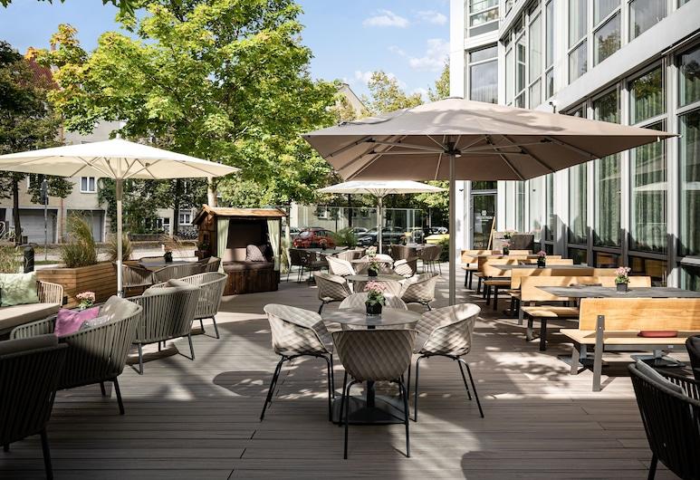 Steigenberger Hotel Muenchen, München, Terrass