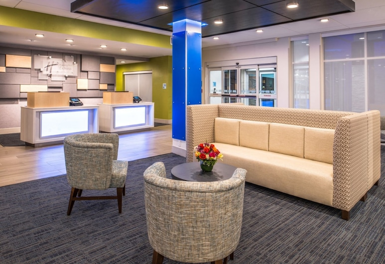 Holiday Inn Express & Suites Tampa North - Wesley Chapel, Wesley Chapel, Lobby