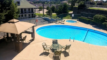 Picture of Branson King Resort and Suites in Branson