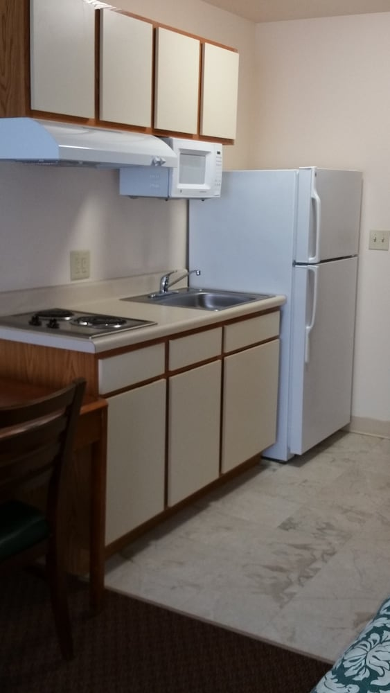 Stay Lodge Thomasville Nc Standard Room In Kitchenette