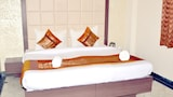 Choose This Business Hotel in Agra -  - Online Room Reservations