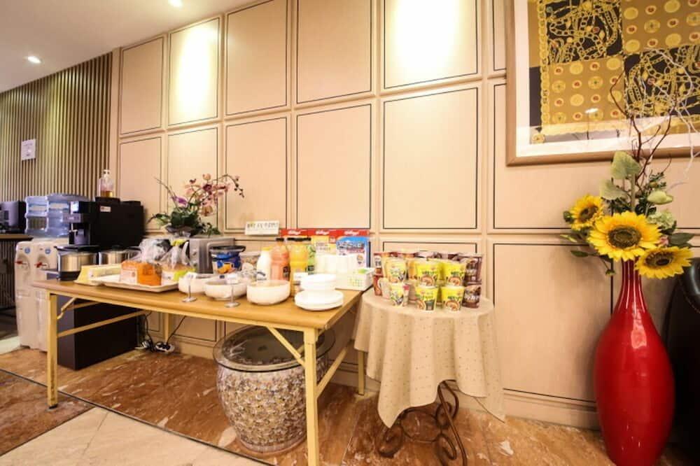 Tempat Makan dalam Bilik