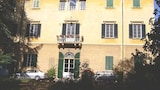 Hotels in Vicopisano,Vicopisano Accommodation,Online Vicopisano Hotel Reservations