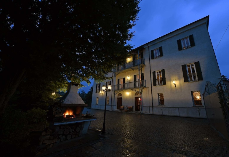 Villa Durando, Mondovi, Overnatningsstedets område