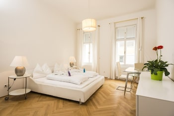 Foto Executive Suites Margareten by welcome2vienna di Wina