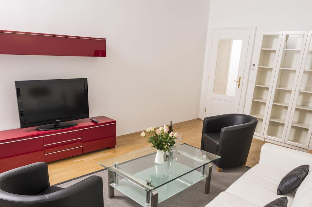 Apartment, 1 Bedroom (Cleaning Fee Included) - Living Area