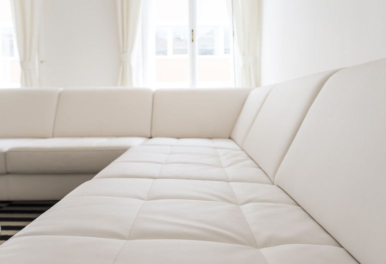 Executive Suites Margareten by welcome2vienna, Viena, Apartamento, 3 quartos (A/C, Cleaning Fee Included), Sala