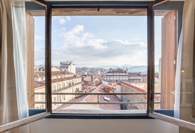 UniqueAppart Gare St Charles, Marseille, Romantic Apartment, 1 Queen Bed, City View, View from room