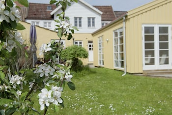 Picture of Lotus BB & Spa - Indre Ro Yoga in Odense