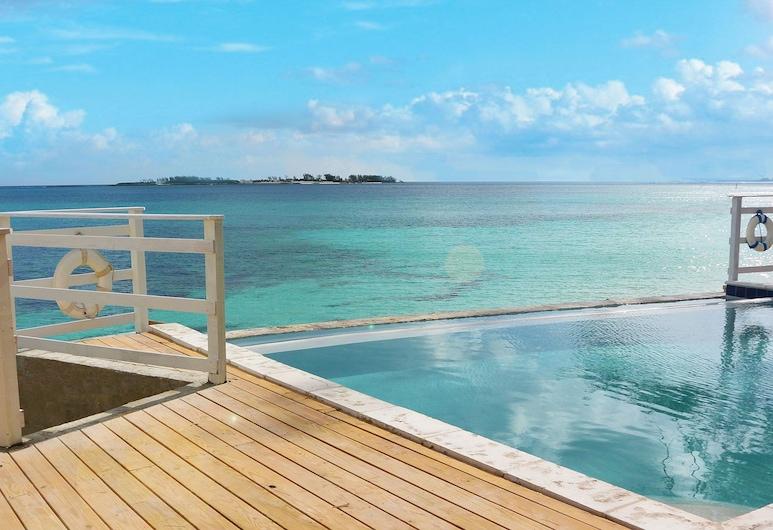 Marley Beach House, Nassau
