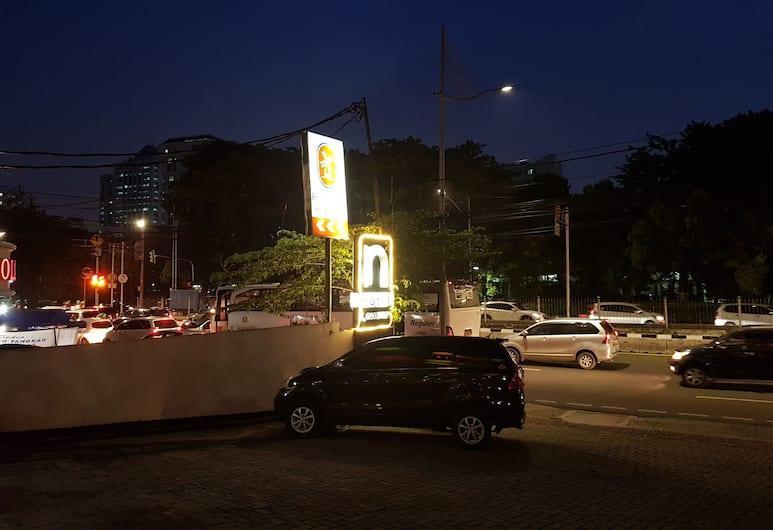 إن 2 هوتل  جونونج ساهاري, جاكارتا, منظر من الفندق