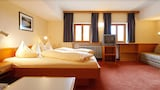 Warth hotels,Warth accommodatie, online Warth hotel-reserveringen