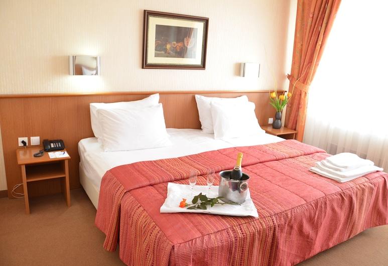 Hotel Bellevue, Skopje, Business-herbergi með tvíbreiðu rúmi - svalir, Herbergi