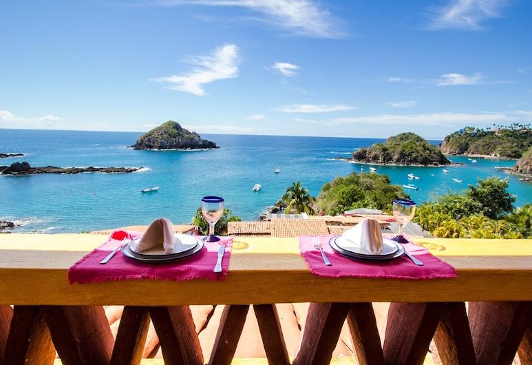 Bungalows & Casitas de las Flores in Careyes, Costa Careyes, Hus – deluxe, 1 soverom, utsikt mot hav, Terrasse/veranda