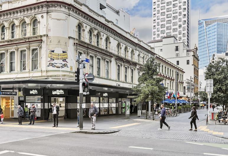 Queen Street Backpackers, Auckland, Exterior