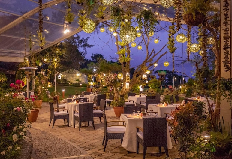 The Manor at Camp John Hay, Baguio, Outdoor Dining