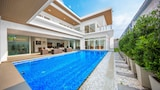 Choose This Five Star Hotel In Pattaya