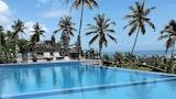Choose This Luxury Hotel in Unawatuna