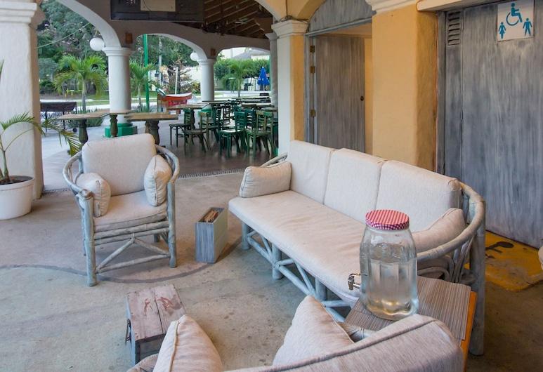 Hotel Casa Blanca del Sol Tangolunda, Santa María Huatulco, Sala de estar en el lobby