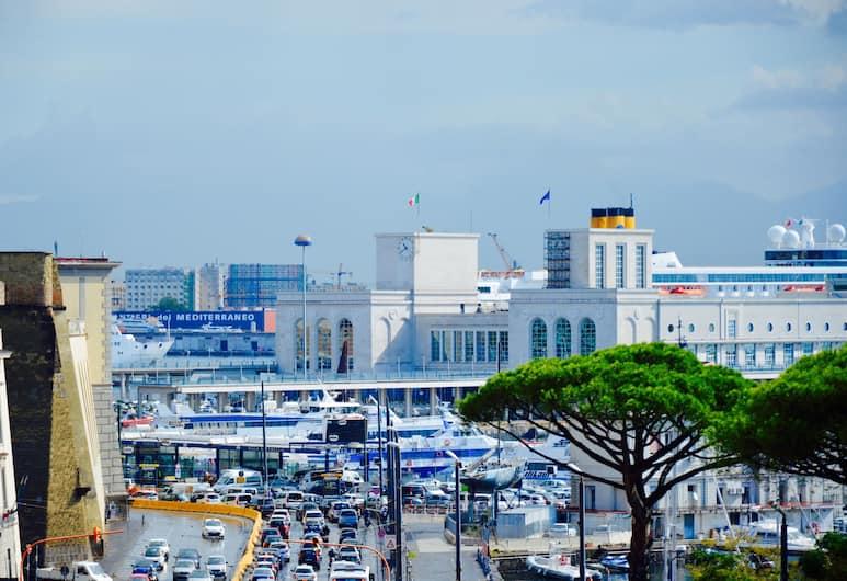 平民表決廣場羅萊酒店, 那不勒斯, 碼頭