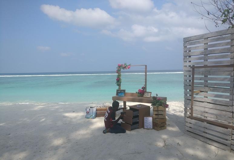 Simry Beachside, Hulhumalé, Spiaggia