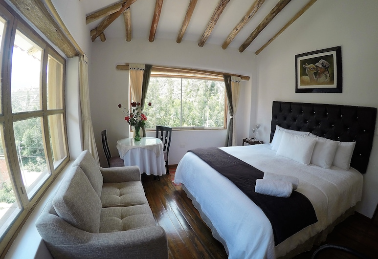 Parwa Guest House, Ollantaytambo, Double Room, 1 King Bed, Private Bathroom, Guest Room