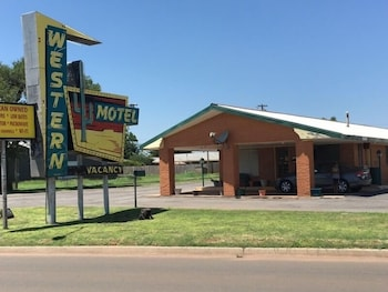 Picture of Western Motel in Sayre