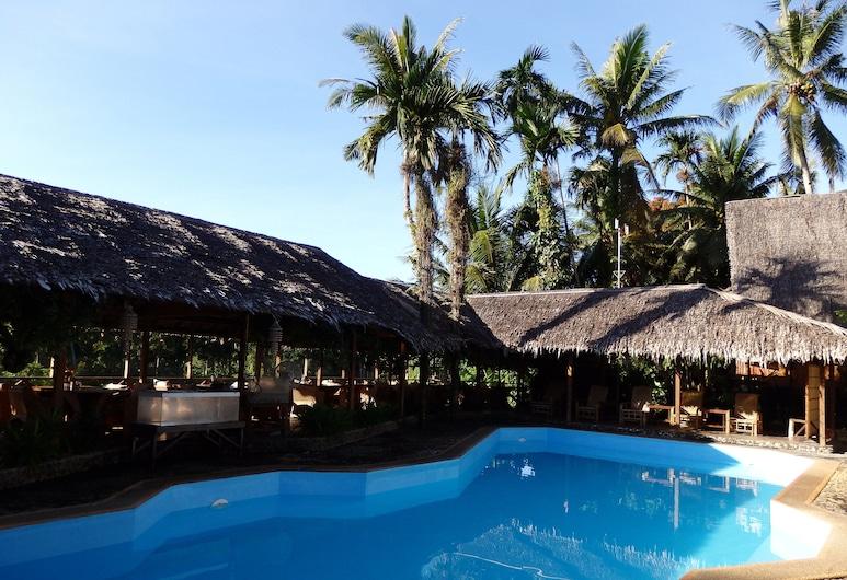 Palau Plantation Resort, กอโรร์, สระว่ายน้ำกลางแจ้ง