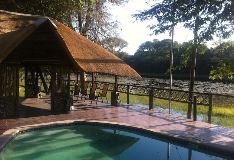 Enviro-Villa Luxury Inn, Maun, Exterior