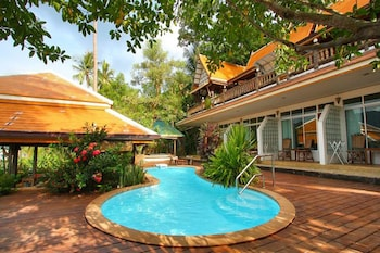 Picture of Bhuvarin Resort in Ko Chang