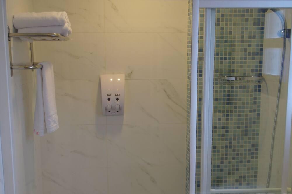 Romantický pokoj s dvojlůžkem - Koupelna