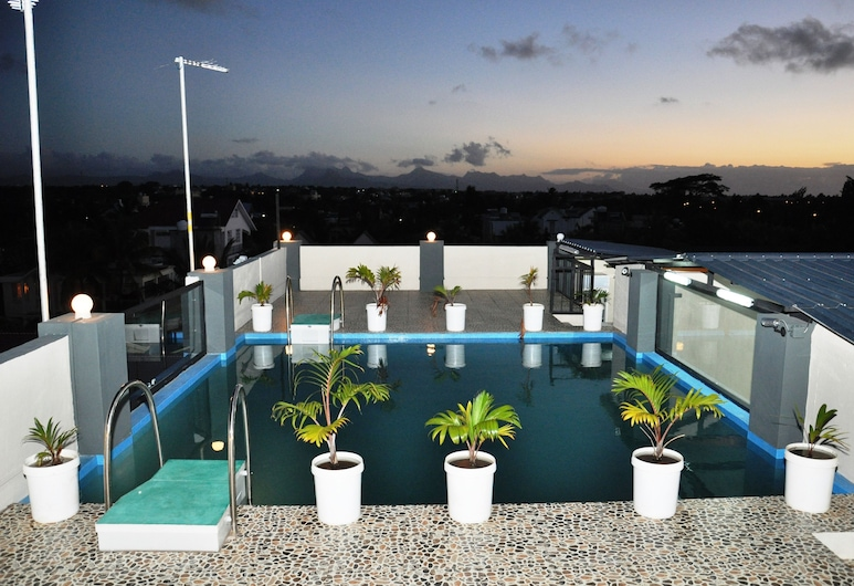 Residence Indira, Trou aux Biches, Rooftop Pool