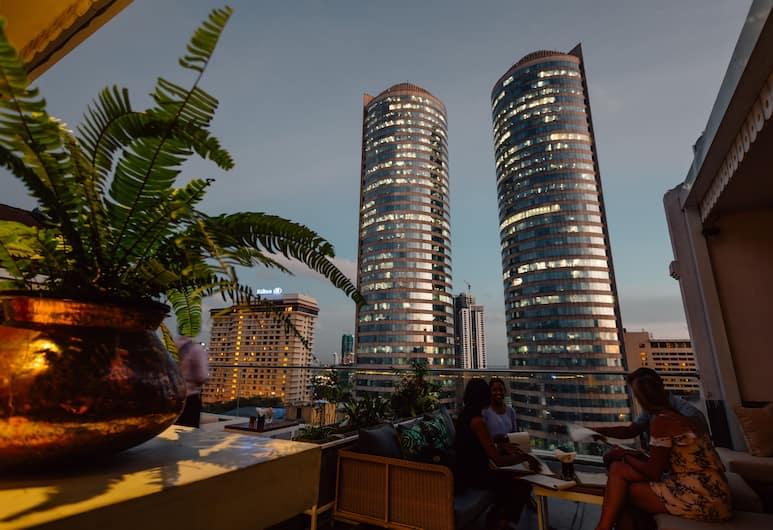 哥倫布航道飯店, 可倫坡, 露台