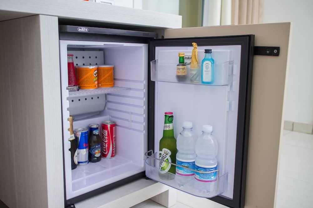 Camera Comfort con letto matrimoniale o 2 letti singoli, non fumatori, vista giardino - Mini frigorifero
