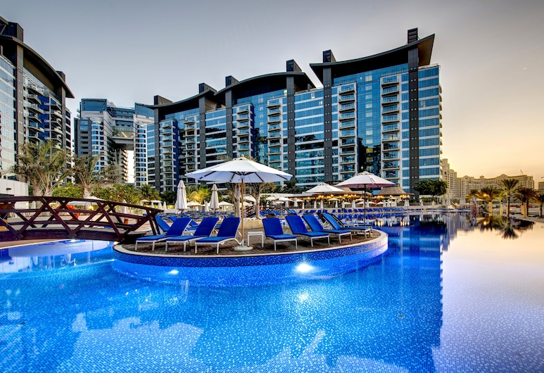 Dukes The Palm, a Royal Hideaway Hotel, Dubai, Outdoor Pool