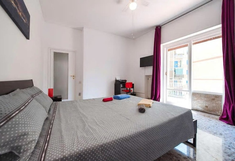 Bed and Breakfast Alexander, Naples, Double Room, Shared Bathroom, Guest Room