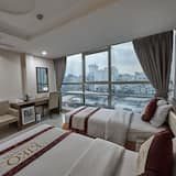 Deluxe Triple Room, City View - Guest Room View