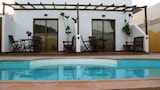 Choose this Villa in Yaiza - Online Room Reservations