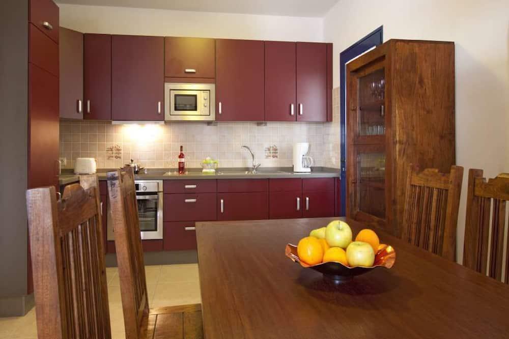 Вилла (3 Bedrooms) - Обед в номере