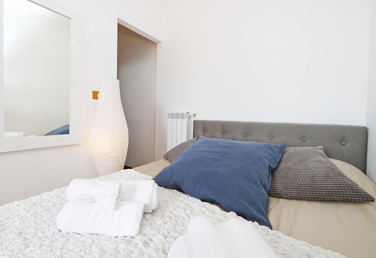 Prati Resort Guesthouse, Rome, Basic Double Room, City View, Guest Room