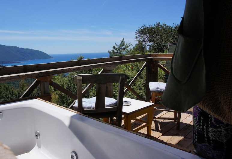 Shiva Camp, Fethiye, Deluxe Bungalow, Jetted Tub, Sea View, Teres/Laman Dalam