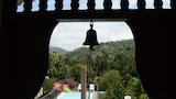 Choose This Cheap Hotel in Kandy